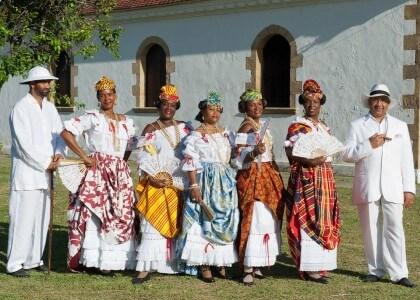 Le Costume Traditionnel, de L'esclavage à la Gran'robe, DVD