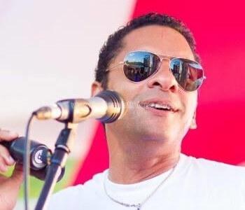 Tony Chasseur est un compositeur, chanteur, musicien martiniquais